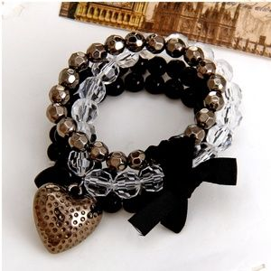 New! Women's Love Locked Bracelet Set